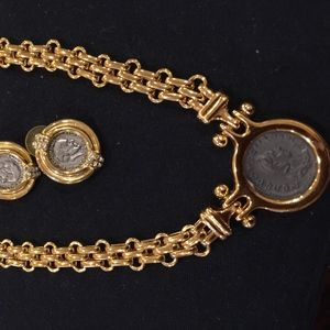 BEAULIFUL COIN NECKLESS